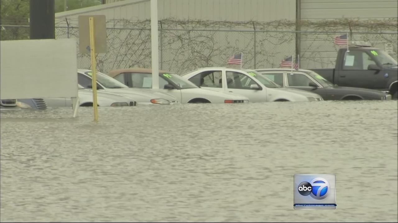 Flood clean up continues in north suburbs