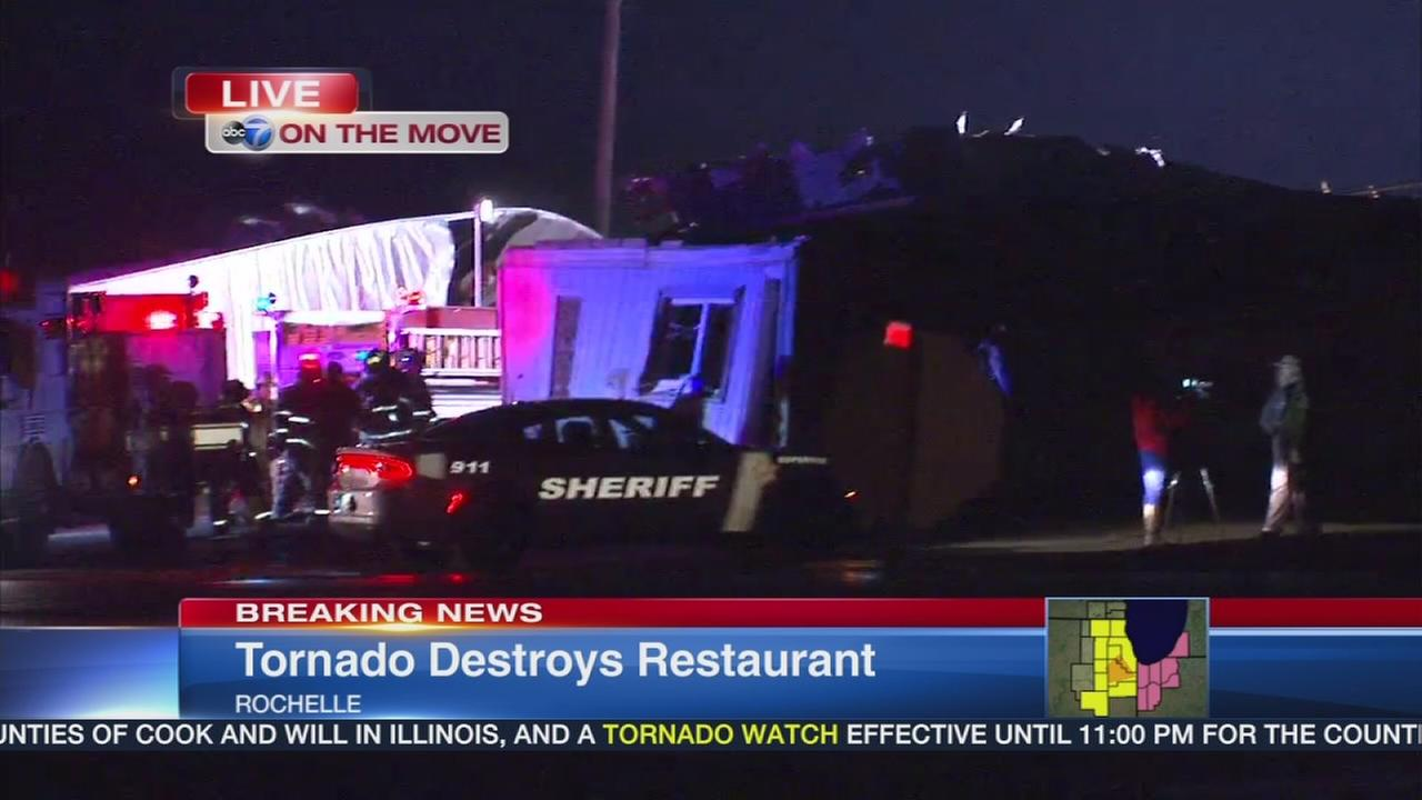 Tornado destroys restaurant in Rochelle