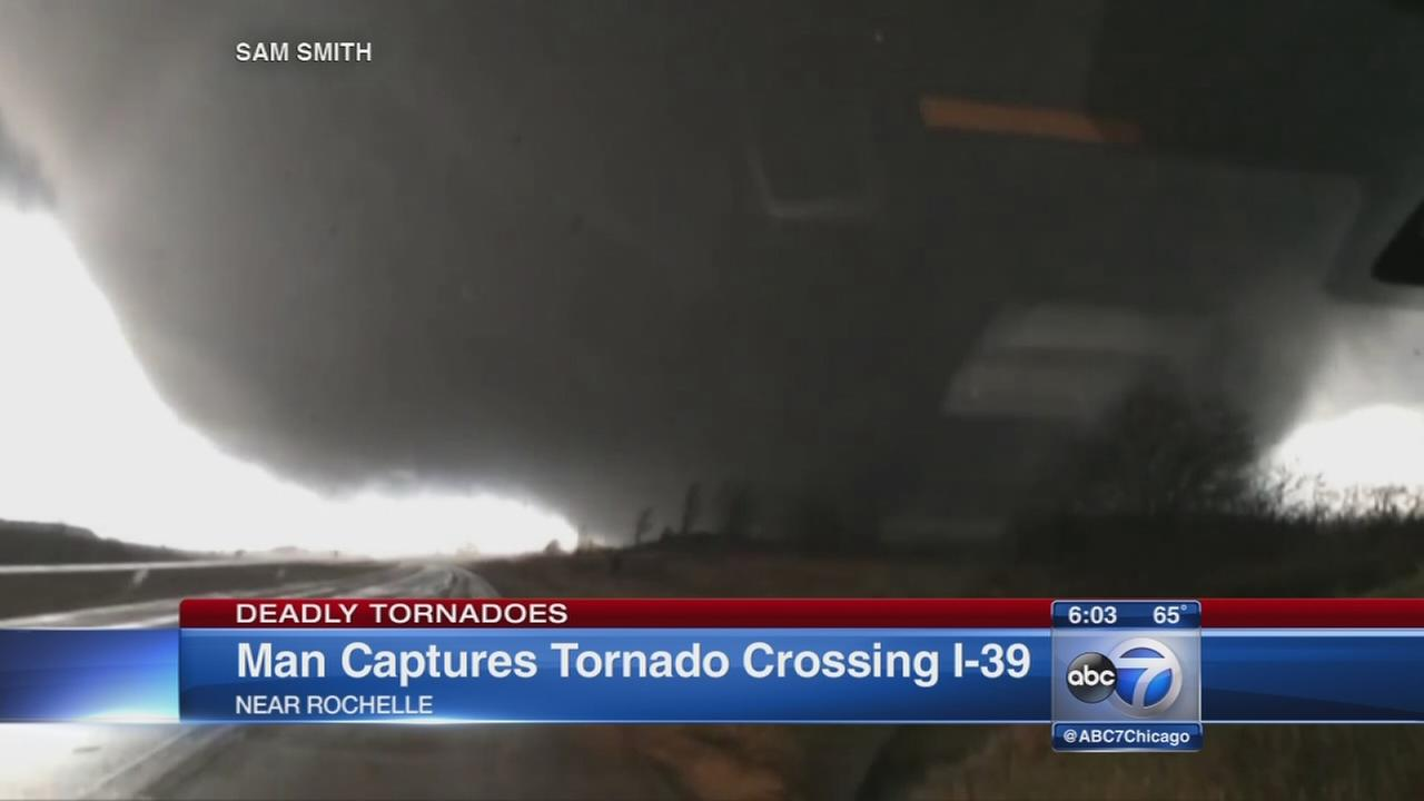 Video shows tornado crossing I-39