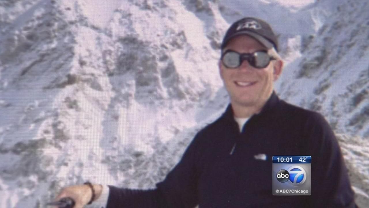 Chicago womans son among Mt. Everest climbers trapped after Nepal quake