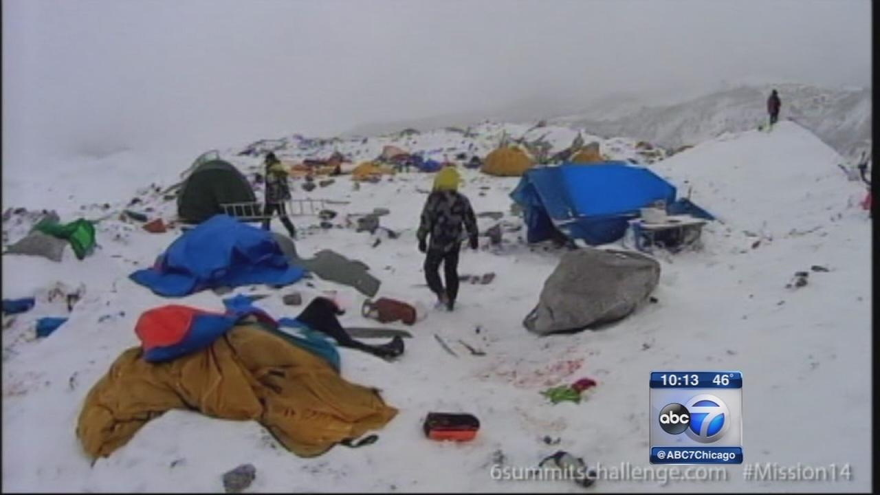 Chicago man survives Mount Everest avalanche