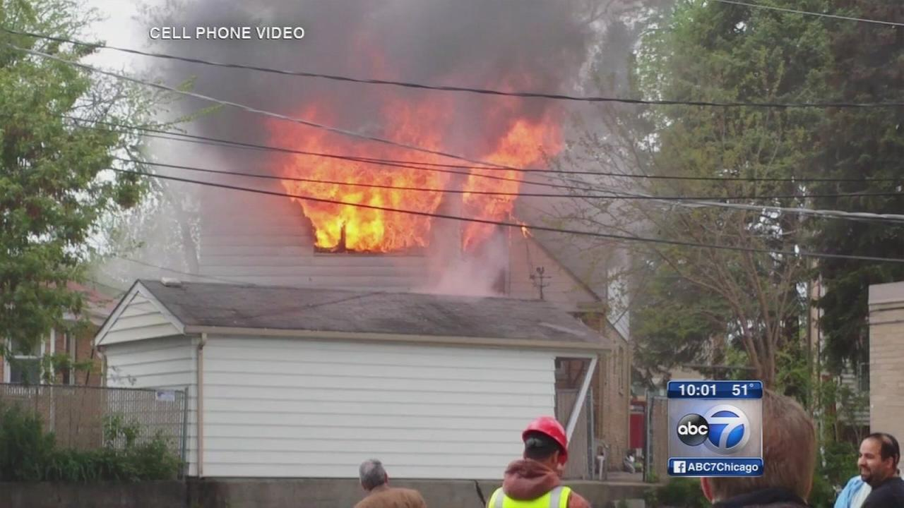 Man takes lifesaving leap from burning home in Niles