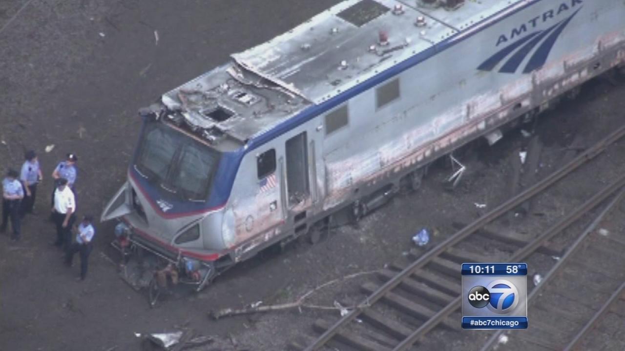 Amtrak crash, derailment in Philadelphia kills 8