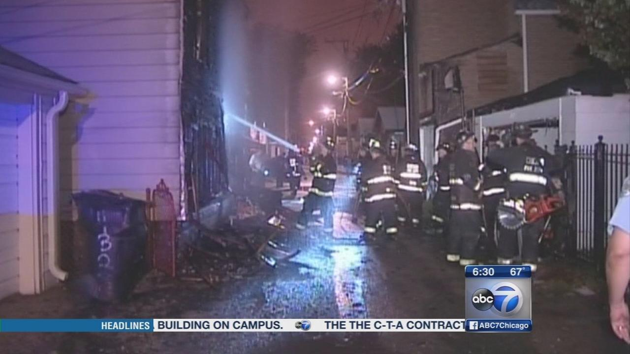 Boy, 4, injured in Albany Park house fire