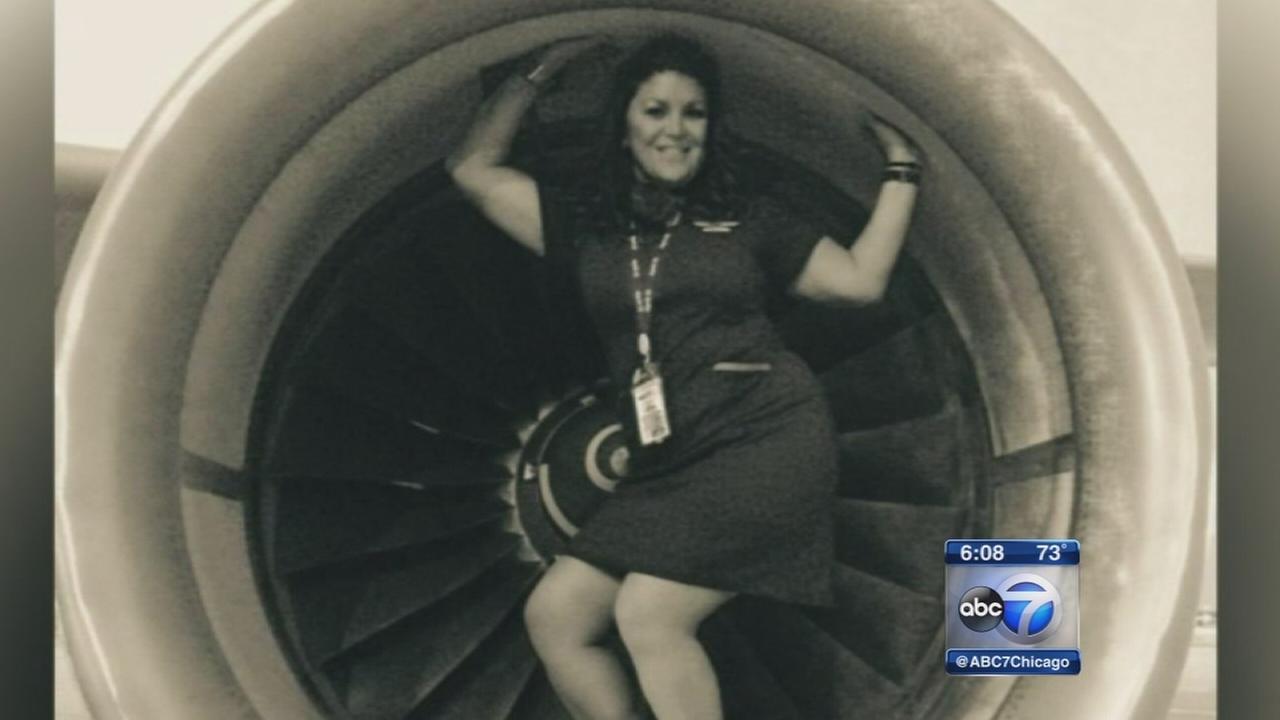 ohare tarmac photos land flight attendant in stew