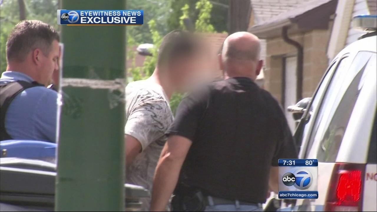 Man in custody in SW side murder