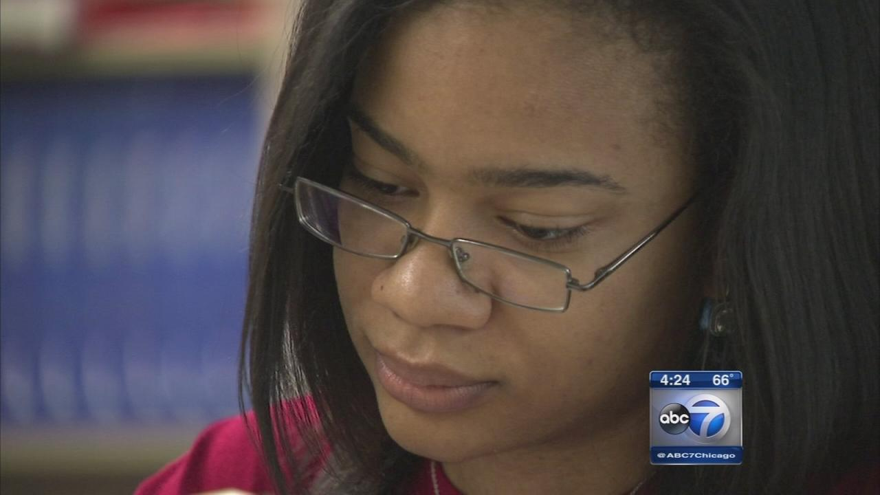 Kenwood Academy student accepted to 26 universities