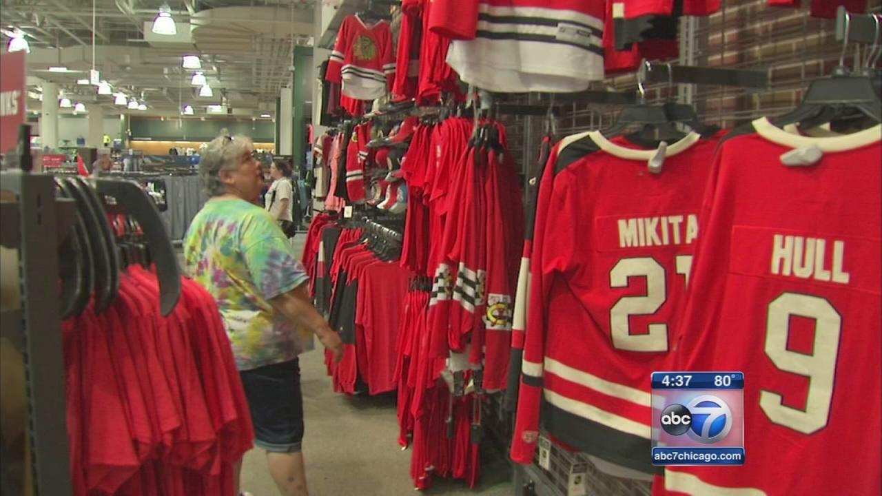 Sporting goods stores prepared to stay open late