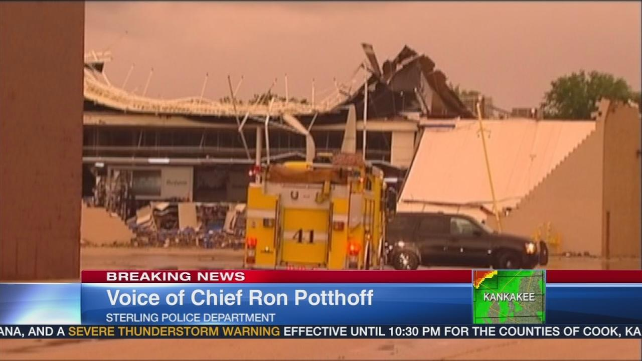 Partial mall collapse in Sterling