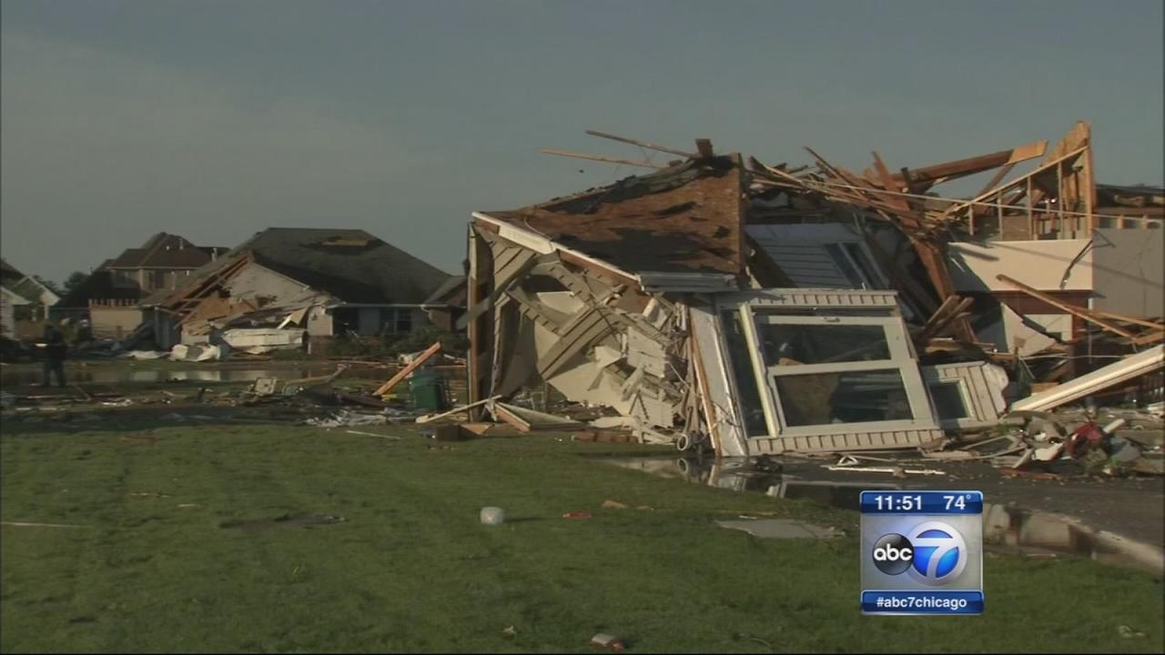 Coal City residents asses tornado damage