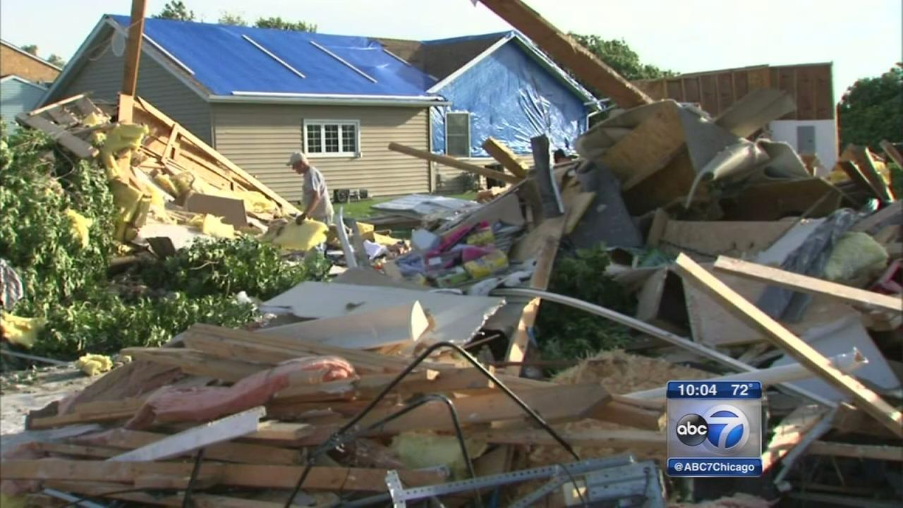 Supercell spawns at least 4 tornadoes, NWS says