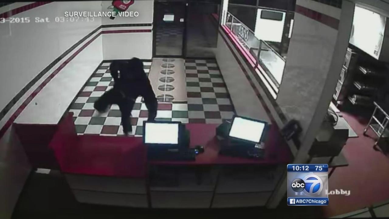 Police warn of business burglaries on North Side