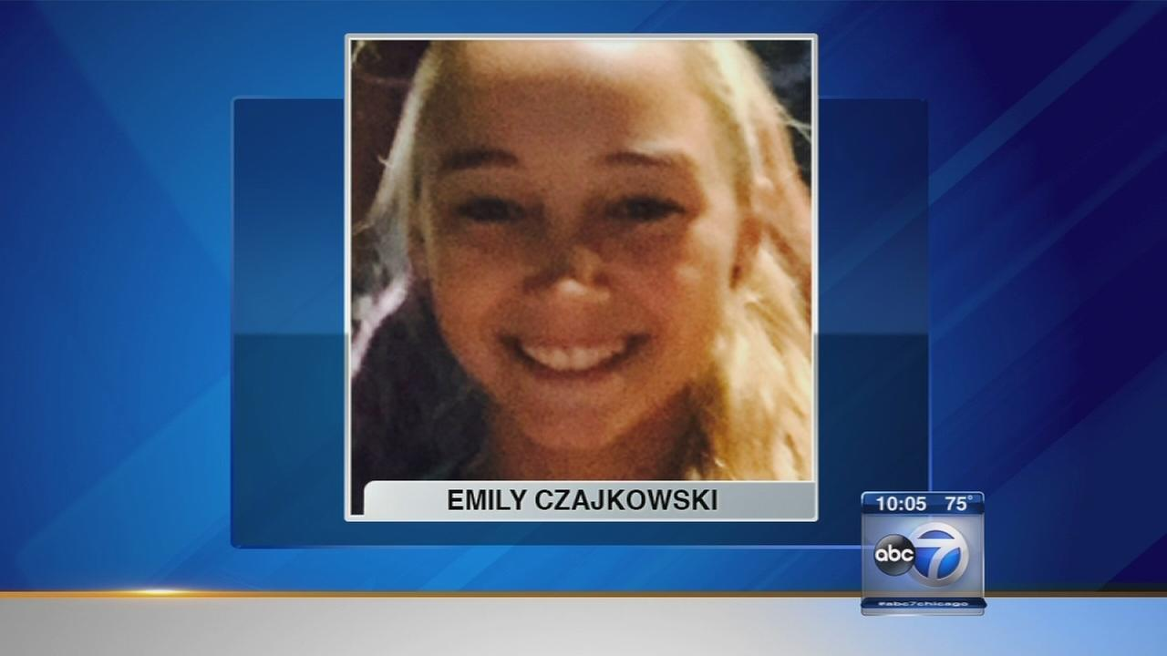 Search continues for missing St. Charles teen Emily Czajkowski