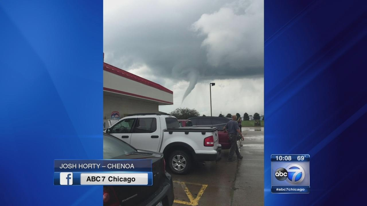 Tornado touchdowns reported in Livingston Co.