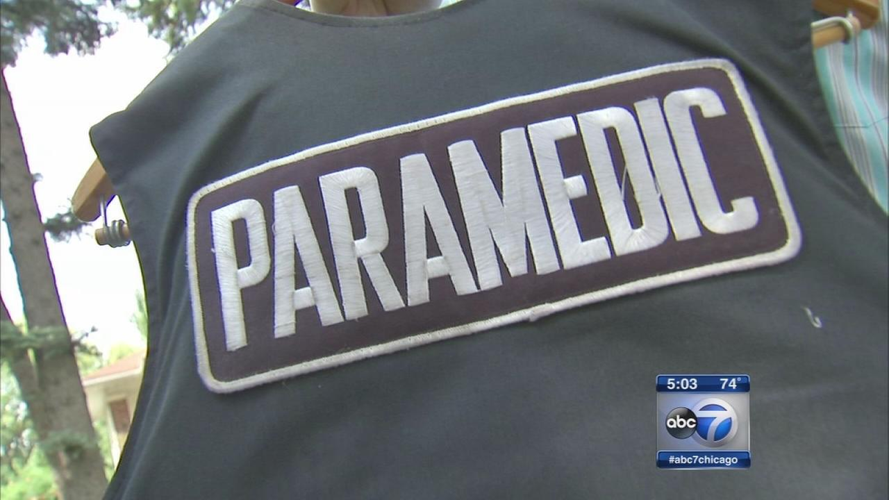 Paramedic challenges fire department over vest