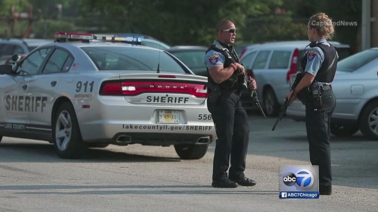 Manhunt underway in Fox Lake after officer fatally shot