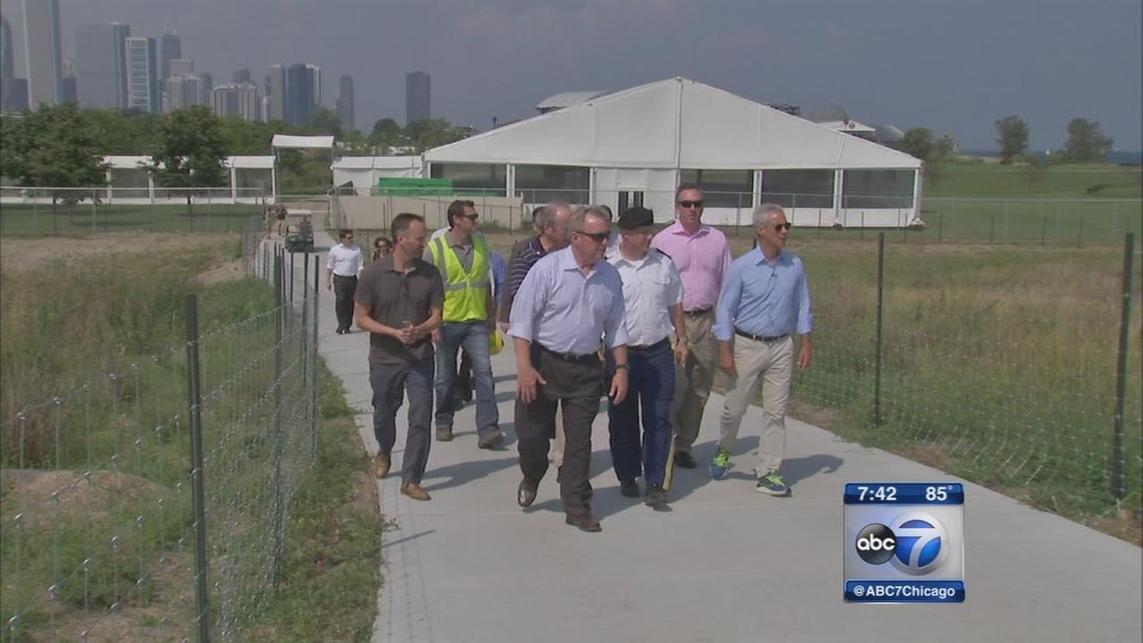 Northerly Island nature preserve toured by Emanuel, Durbin
