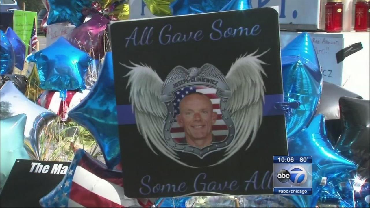 Fox Lake prepares for funeral of fallen officer