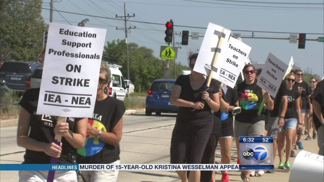 No school in Prospect Heights as strike continues