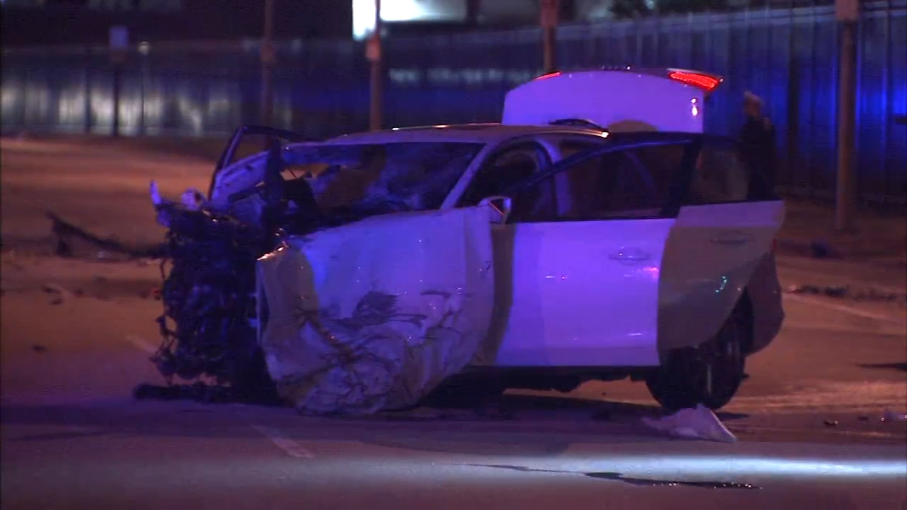 3 killed in head-on crash in South Philadelphia. Jeannette Reyes reports during Action News Mornings on January 2, 2019.