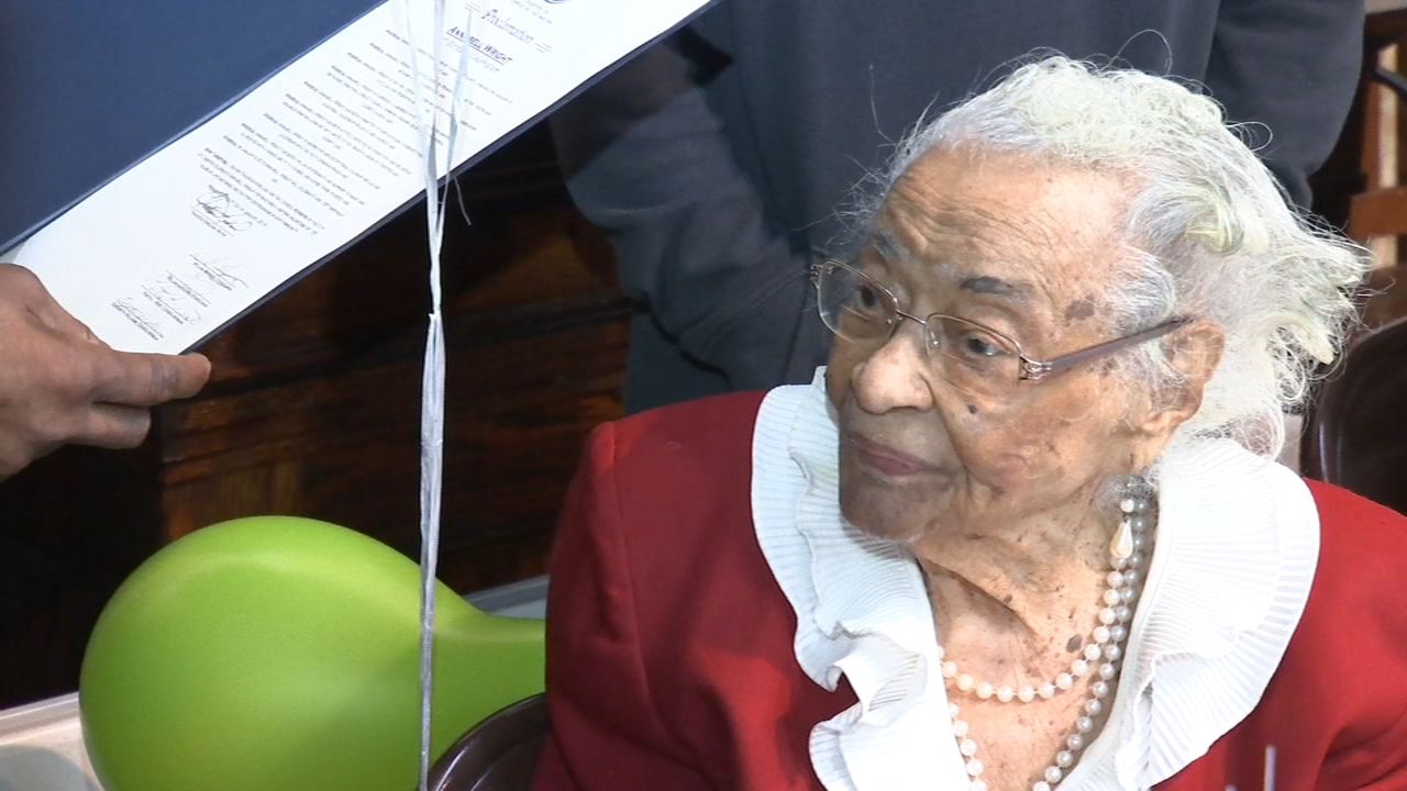 Chester woman celebrates 105th birthday. Walter Perez reports during Action News at 10 p.m. on January 5, 2018.