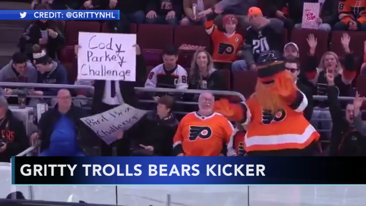 Gritty pokes fun at Cody Parkey. Karen Rogers reports during Action News Mornings on January 8, 2019.