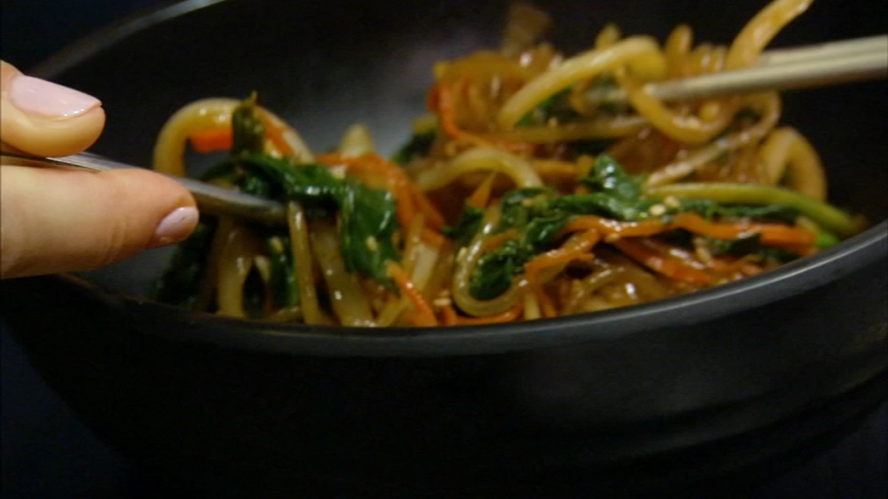 In this weeks 6 Minute Meal, Alicia Vitarelli has the recipe for Southgates Japchae.