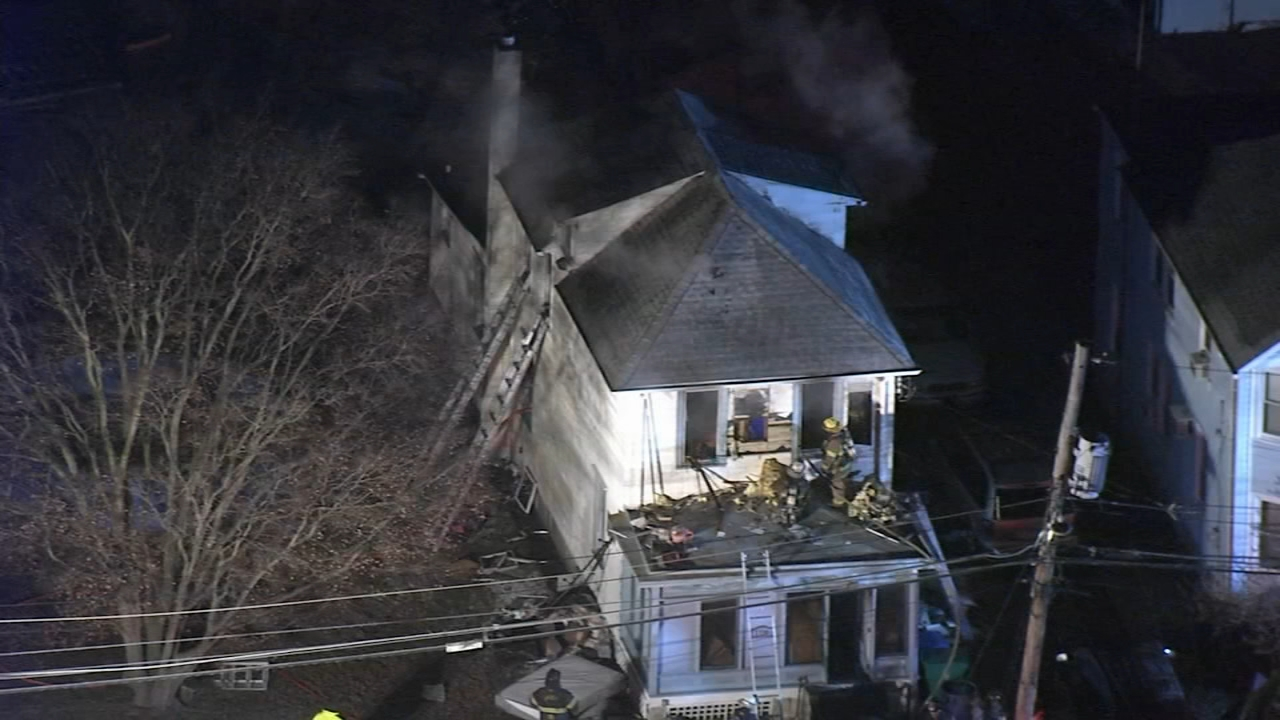 4 injured in Bristol Township, Bucks County house fire. Katherine Scott reports during Action News at 12 p.m. on January 16, 2019.