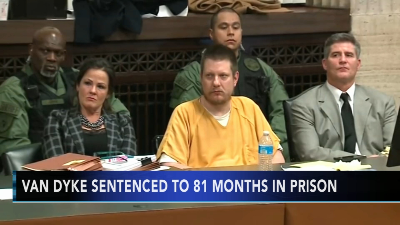 Jason Van Dyke sentenced to 6 years, 9 months for Laquan McDonald murder. Gray Hall reports during Action News at 6 a.m. on January 19, 2019.