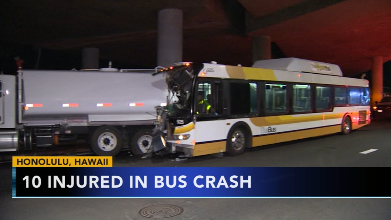 10 hospitalized after Hawaii transit busy collides with water tanker. Gray Hall reports during Action News at 7 a.m. on January 19, 2019.