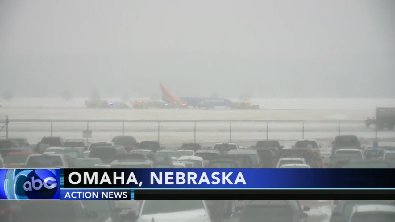 Southwest Airlines plane skids off runway in Nebraska. Christie Ileto reports during Action News at 6 a.m. on January 19, 2019.
