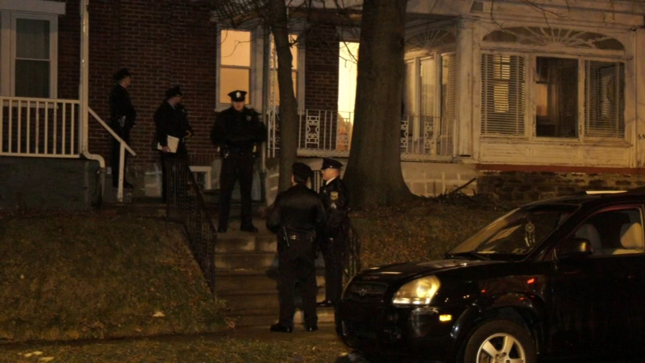 Man dies after being stabbed by roommate in West Oak Lane. Gray Hall reports during Action News at 6 a.m. on January 19, 2019.