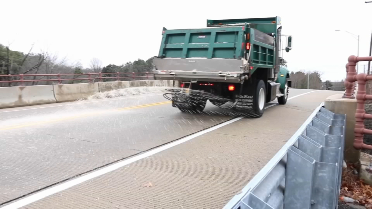 Region braces for the possibility of icy roads Monday: John Rawlins reports on Action News at 5 p.m., January 20, 2019