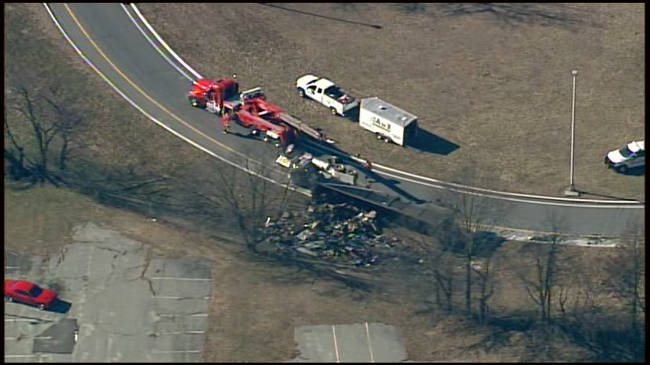 Driver crashes truck that lands on its side in Pennsauken. Chopper 6 HD was over the scene in Pennsauken, Camden County on January 23, 2019.