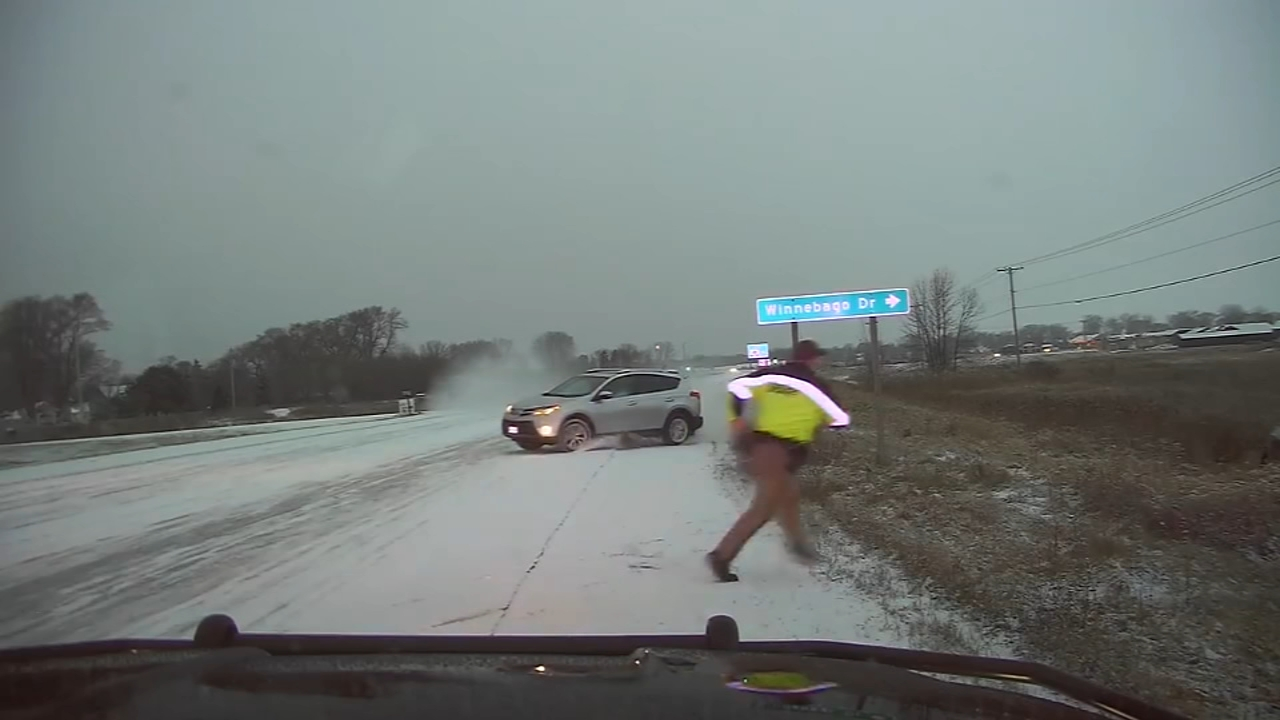 Dashcam video captures scary moment for Wisconsin officer. Sarah Bloomquist reports during Action News at 12 p.m. on January 23, 2019.