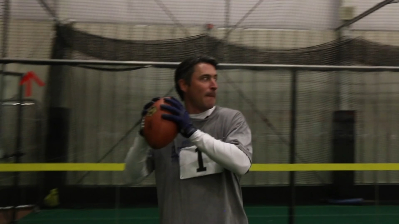 Matt ODonnell tries out for the Philadelphia Soul. Report from Action News Mornings on January 23, 2019.