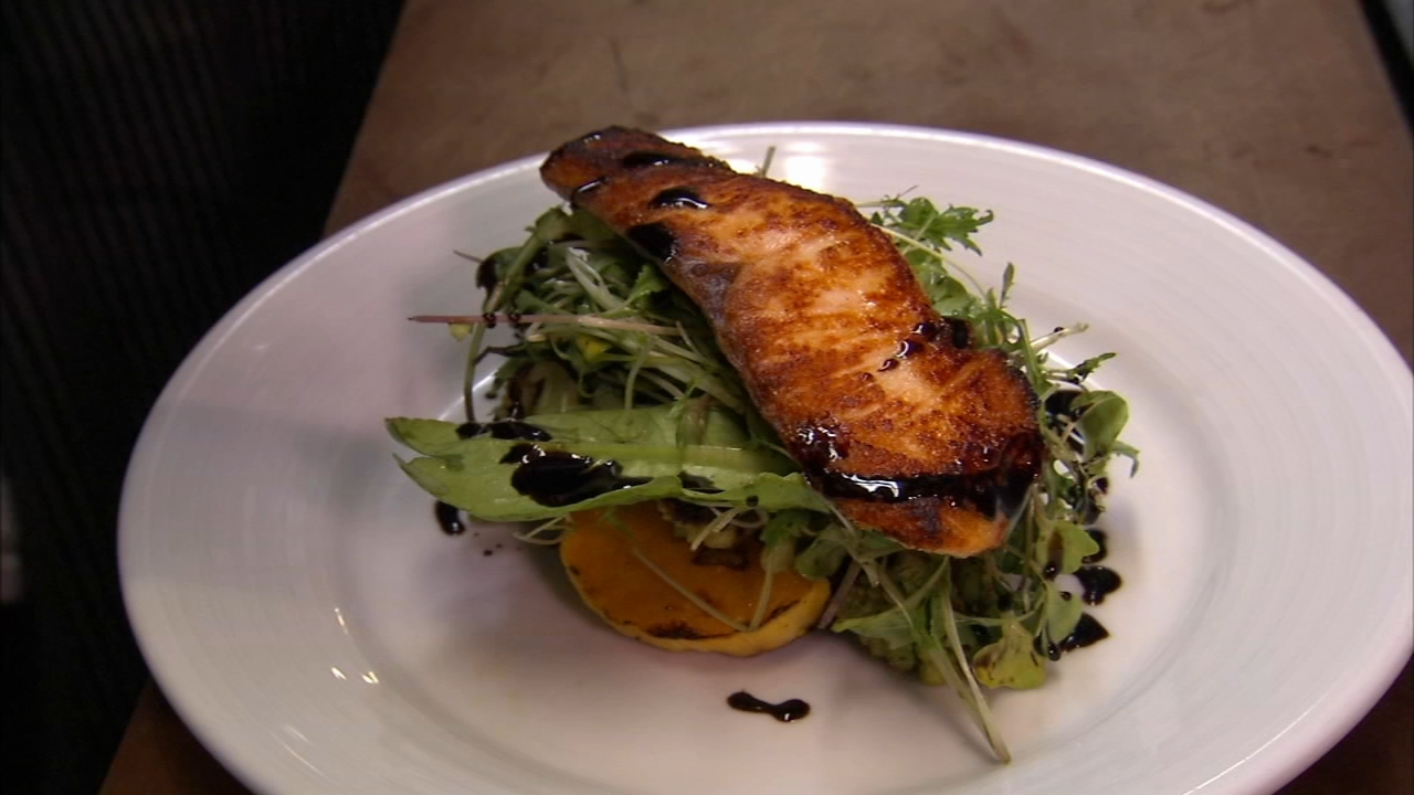 In this weeks 6 Minute Meal and a Deal, Alicia Vitarelli has the recipe for Russets Seared Salmon and Roasted Winter Vegetable Salad.
