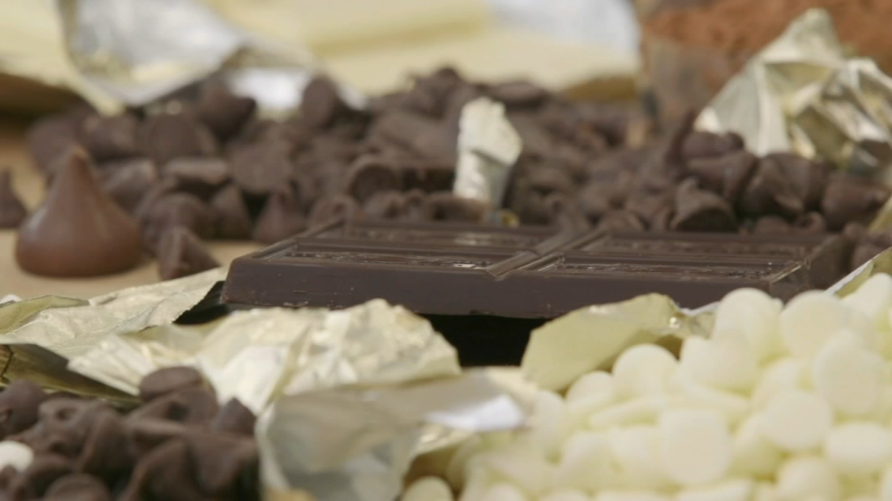 Consumer Reports: Best baking chocolates for your Valentines Day sweets - Sharrie Williams reports during Action News at 4:30pm on February 4, 2019.