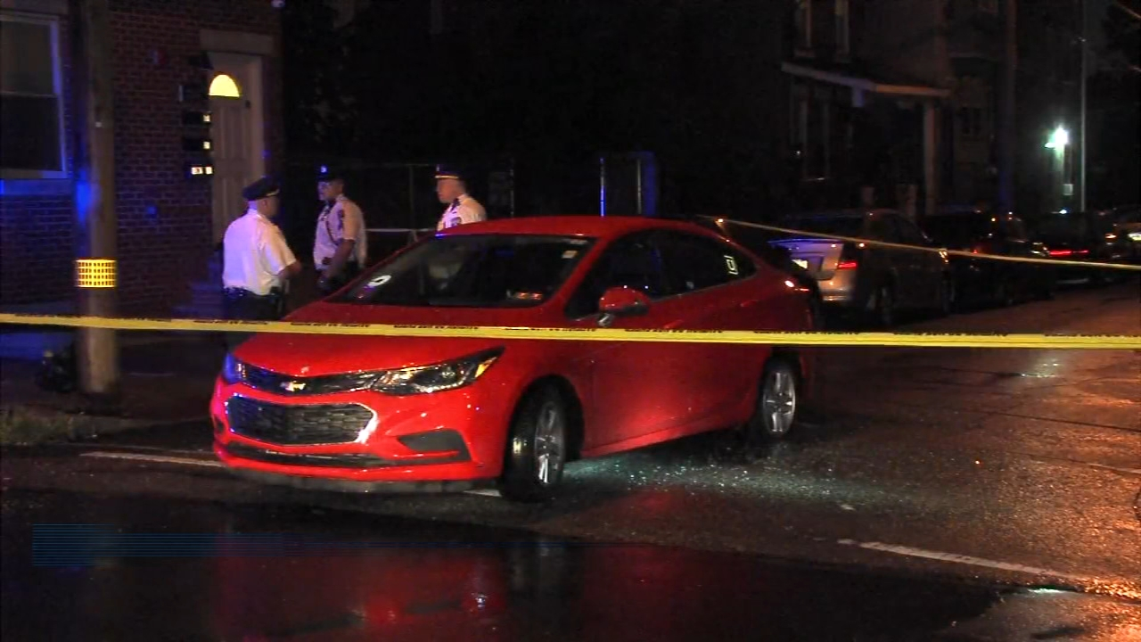North Philadelphia shooting leaves a man and woman injured. Walter Perez reports during Action News at 11 p.m. on August 11, 2018.
