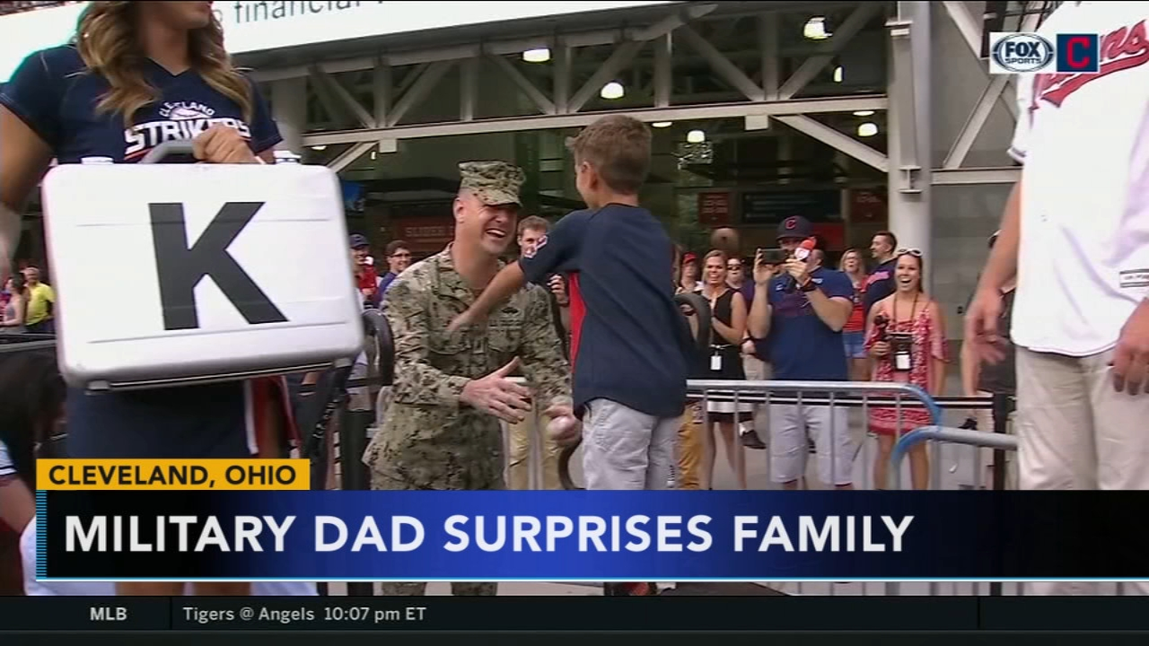 Military dad surprises family during baseball game in Cleveland. Jeannette Reyes reports during Action News at 6 a.m. on August 12, 2018.