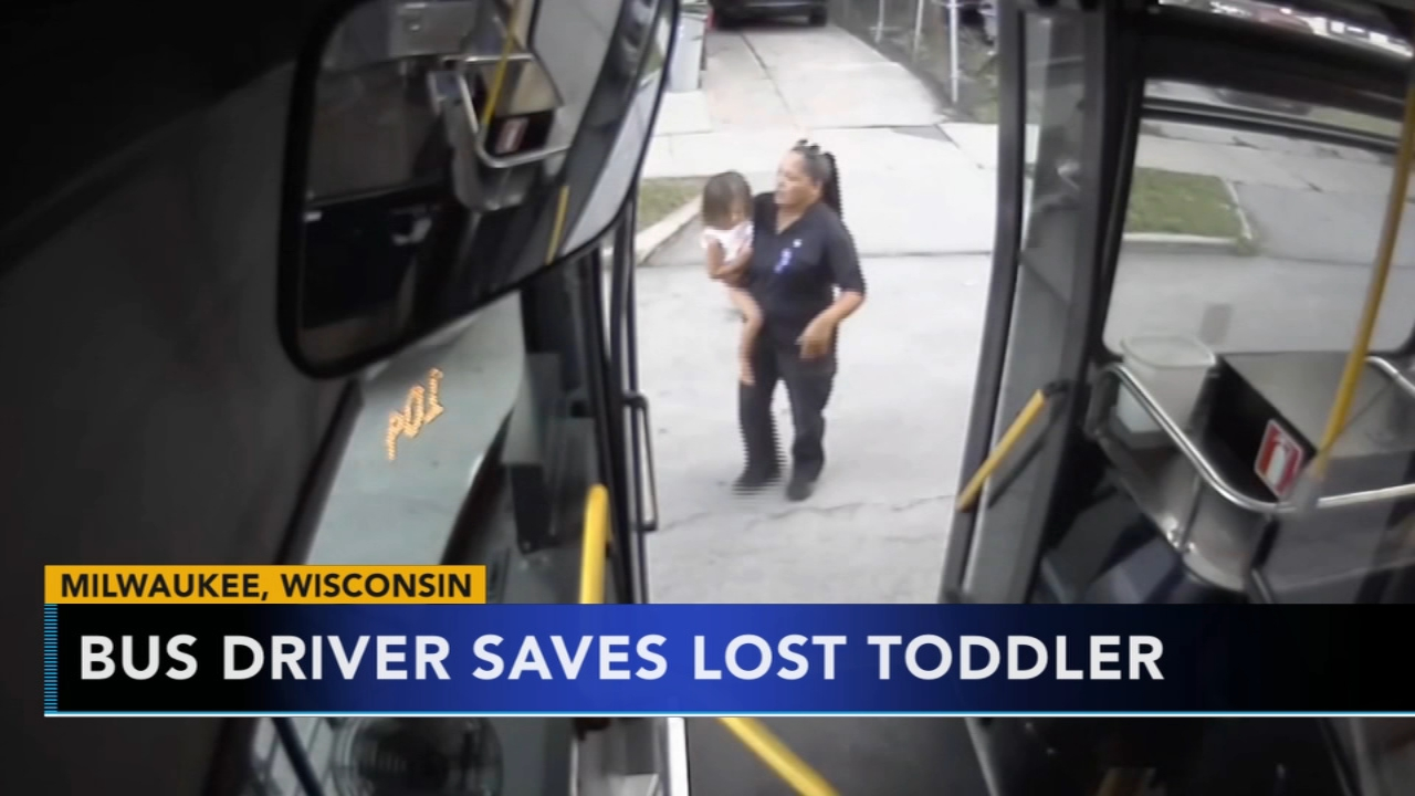 Bus driver saves lost toddler. Karen Rogers reports during Action News Mornings on August 16, 2018.