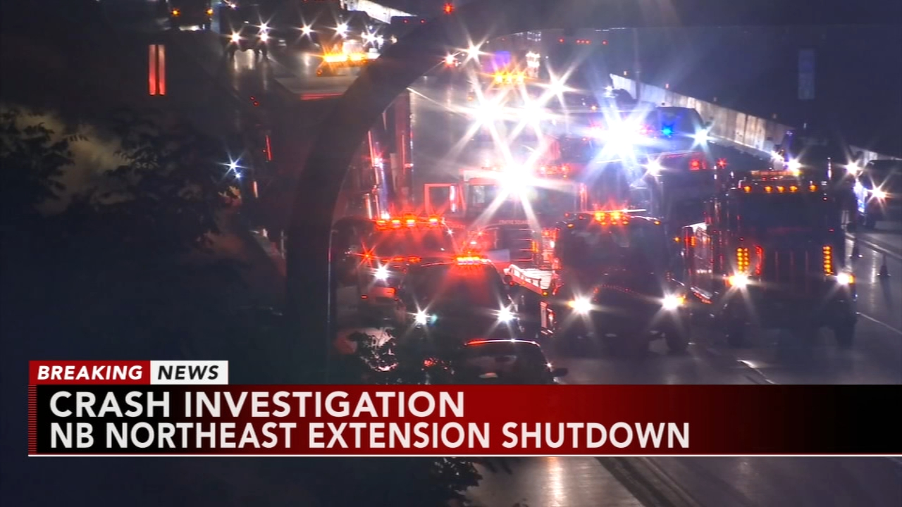 Northbound lanes of Northeast extension shutdown due to accident. Gray Hall reports during Action News at 7 a.m. on August 18, 2018.