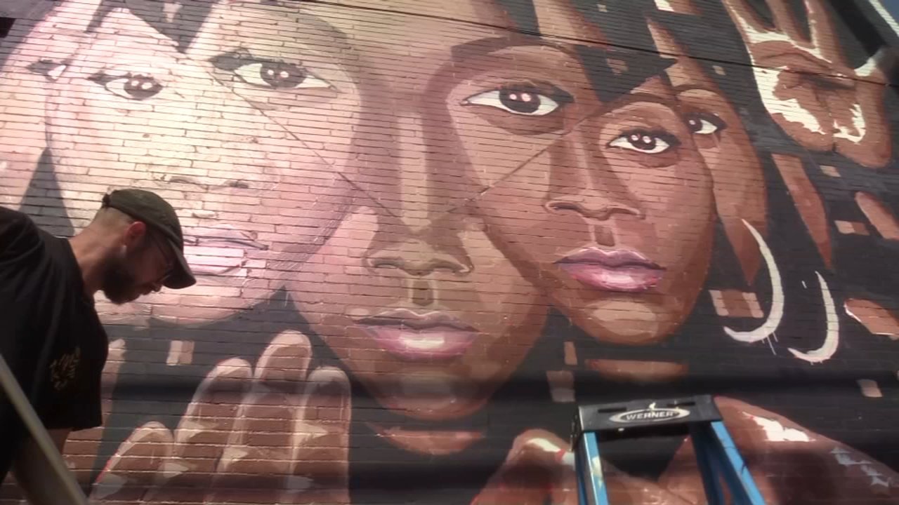 New murals bring familiar faces to section of Philadelphia. Trish Hartman reports during Action News at 10 p.m. on August 18, 2018.