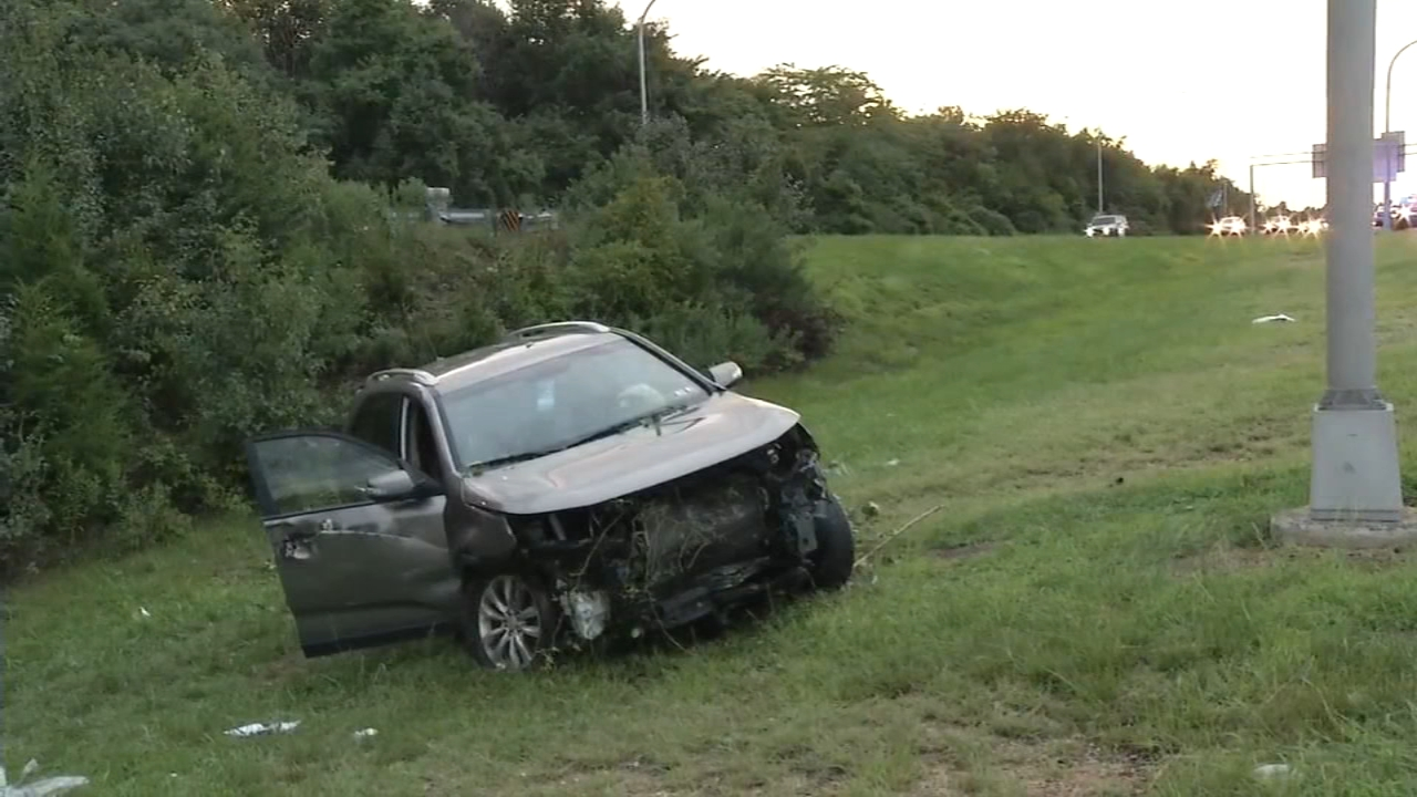1 person hurt in New Castle County vehicle crash. Walter Perez reports during Action News at 10 p.m. on August 18, 2018.