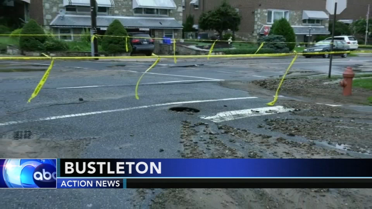 Crews work to clean up water main break in citys Bustleton section. Walter Perez reports during Action News at 10 p.m. on August 18, 2018.