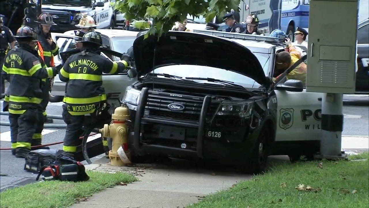 2 police officers, 2 civilians hurt in Wilmington crash. Watch raw video from the Action Cam on August 21, 2018.