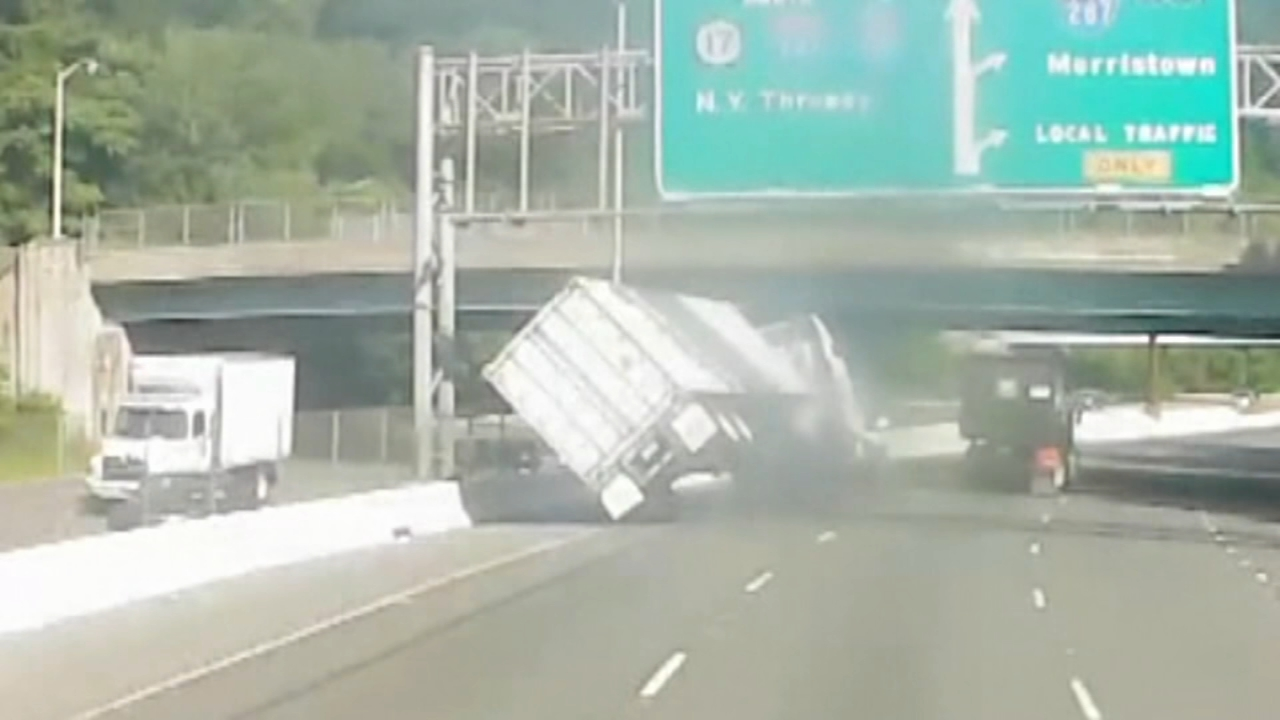 Tractor trailer crash may be result of road rage. Watch this report from Action News Mornings on August 29, 2018.