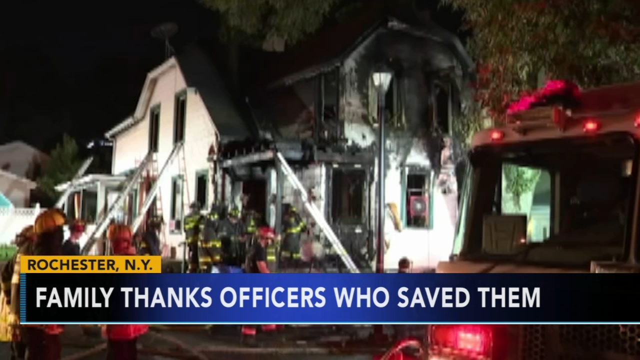 Officer rescues 6 children, their aunt from New York house fire. Alicia Vitarelli reports during Action News at 5 a.m. on August 30, 2018.