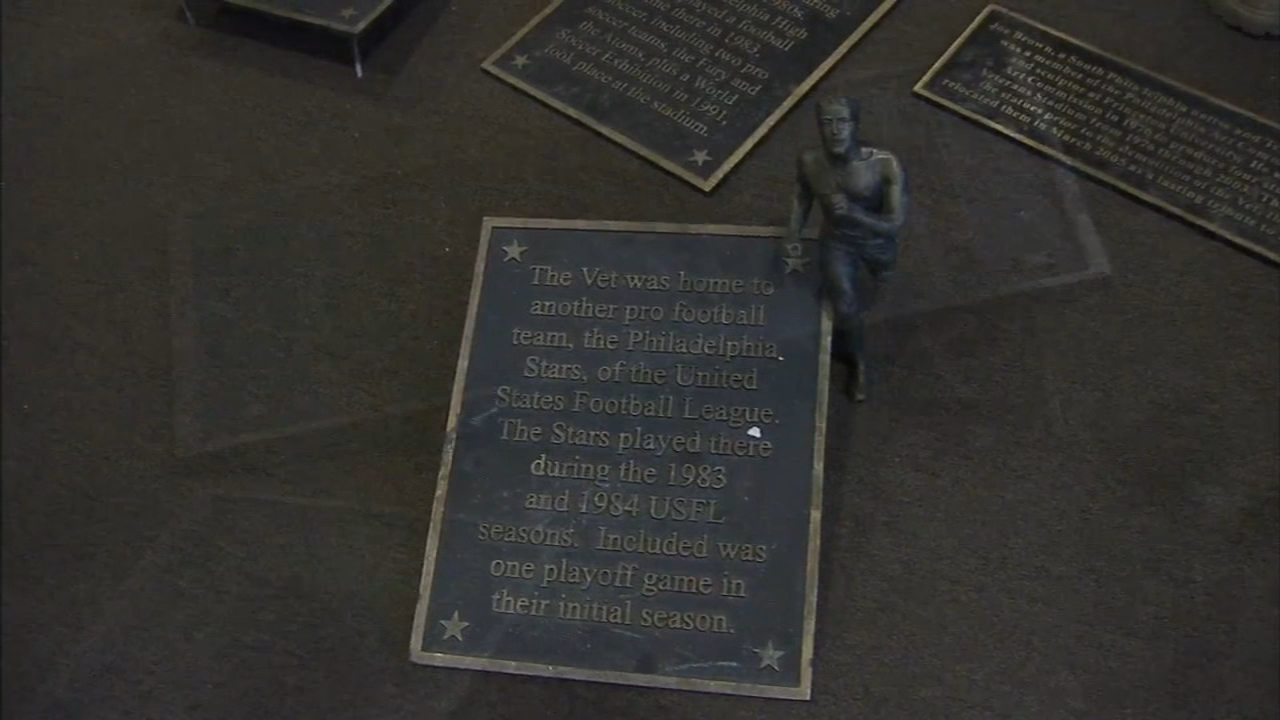 5 brass plaques, stolen from Phillies statues located in scrapyard; Sarah Bloomquist reports on Action News at 5 p.m., August 30, 2018