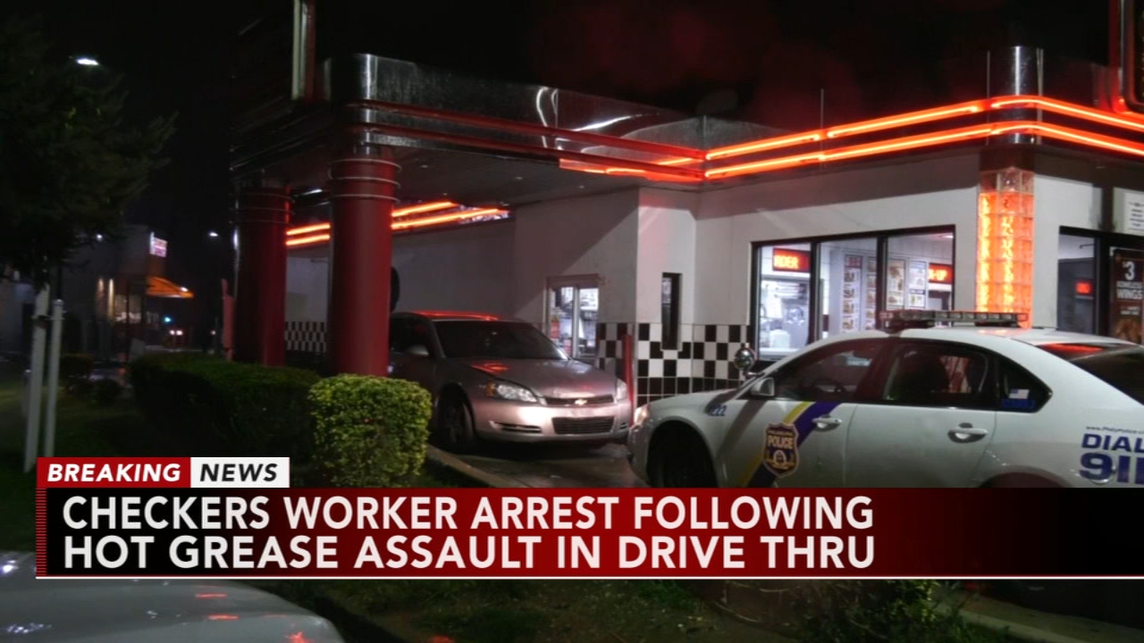 Checkers employee arrested after allegedly assaulting woman with hot grease. Gray Hall reports during Action News at 6 a.m. on September 8, 2018.